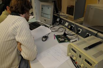 TP d'électronique, au sein du département EEA